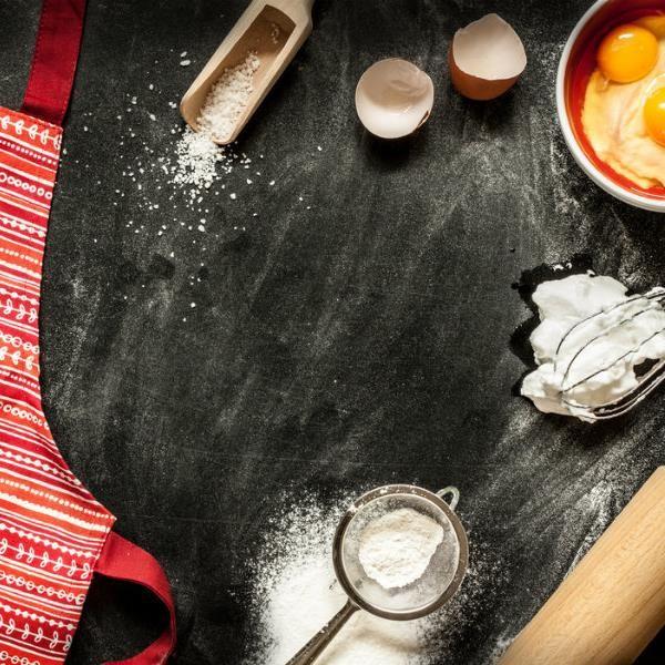 Από την Στύλια Καραντζή, σεφ ζαχαροπλάστης και καθηγήτρια ζαχαροπλαστικής τέχνης.