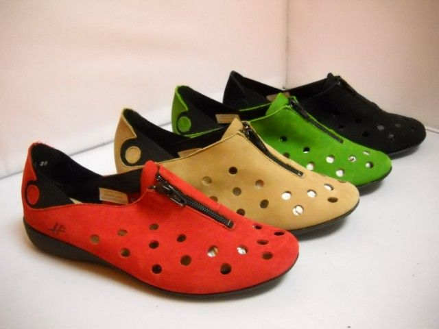 1 Hirica Laora - M T - Hirica from France.  Available in Black, Magenta, Cactus and Beige.  Sizes range 37-42.