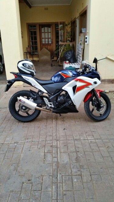 CBR 250 R