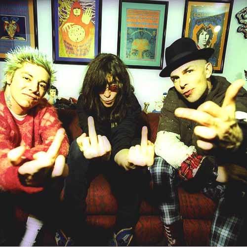 La herencia que le dejaré a mis hijos será la música de estos 3 grandes... (Lars, Joey Ramone and Tim Armstrong)