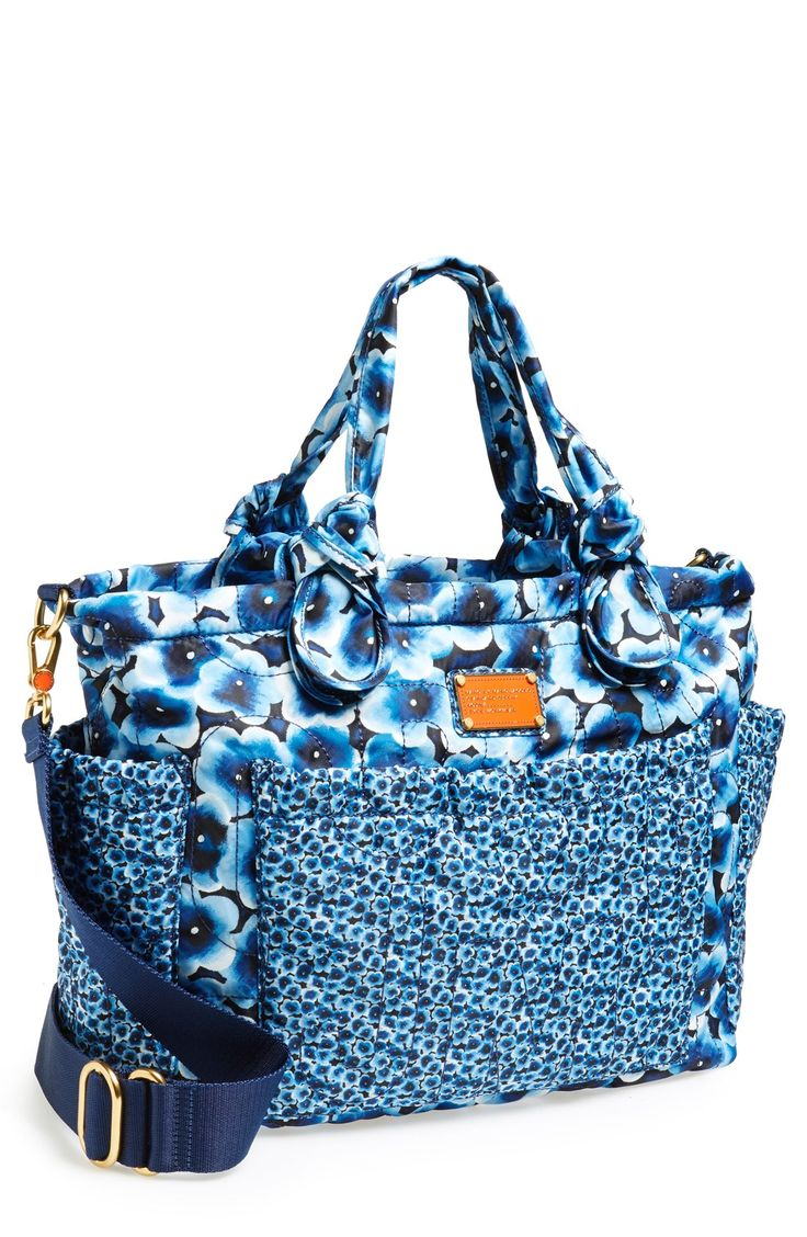 love the blue poppy print on this marc jacobs diaper bag strollers style pinterest the. Black Bedroom Furniture Sets. Home Design Ideas