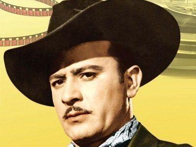 7 mejores cantantes Mexicanos 1. Pedro Infante Pedro InfanteCruz fue un actor y cantante mexicano,uno de los íconos de la Época de Oro del Cine Mexicano, así como uno de losgrandes representantes de la música ranchera. A partir de 1939 apareció...