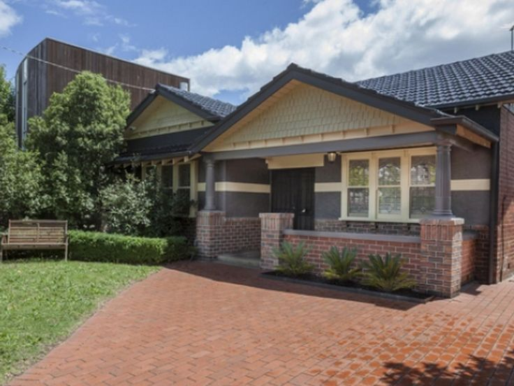 Melbourne Boutique Stays Gatehouse Brighton  Australia, Pacific Ocean and Australia Set in a prime location of Melbourne, Boutique Stays Gatehouse Brighton puts everything the city has to offer just outside your doorstep. The hotel offers guests a range of services and amenities designed to provide comfort and convenience. All the necessary facilities, including car park, BBQ facilities, coffee shop, are at hand. Each guestroom is elegantly furnished and equipped with handy am...