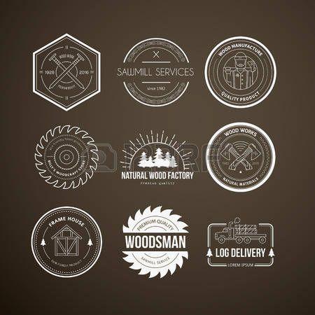 木工: ベクトルは、ビンテージ大工ロゴタイプのセットです。木材加工・製造ラベル ・ テンプレート。木材産業要素と大工道具詳細なエンブレム。あなたのビジネスのためのサンプル テキスト付き木工バッジ。