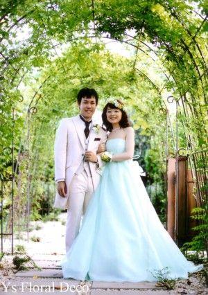 (記事、追記しました)8月にラ・クラリエールさんで挙式ご披露宴の新婦さんより素敵なお写真をいただきましたので、ご紹介いたします。こんな緑たっぷりの素敵なお...