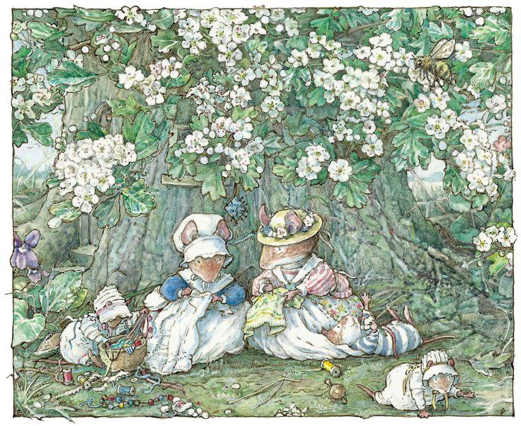 A árvore Hawthorn é o lar de Lily e Weaver, que giram fios e lã, tecendo-os para fazer tecidos para os ratos, para fazerem roupas, cobertores, toalhas e toalhas de mesa.  http://www.theguardian.com/childrens-books-site/gallery/2015/oct/16/brambly-hedge-wildlife-facts-jill-barklem