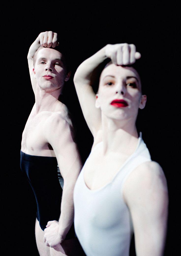 VISIT GREECE| Kalamata Internarional Dance Festival © Rahi Rezvani Nederlands Dans Theater 2014