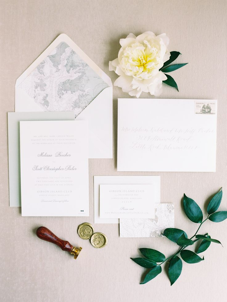 Classic + beautiful stationery suite | Photography: Abby Jiu