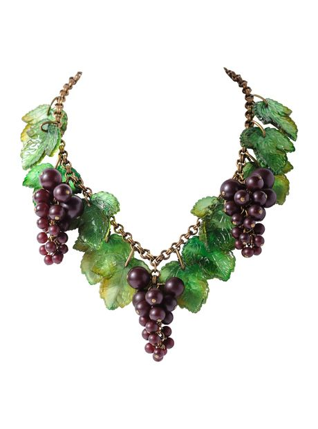 Bakelite Grape Cluster Necklace
