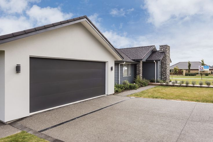 11 Waipunahau Road, Waikanae. Jennian Homes Wellington Display Home.