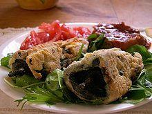 Loschiles rellenosson un platillo de México, que consiste básicamente en piezas enteras dechilerellenas con alimentos, usualmente cárnicos, a las que se les envuelve en una capa de huevo batido y se les fríe. Se les considera platillo principal y suele acompañárselos de una guarnición de legumbres. La variedad dechilees relevante, debido a que se requiere…