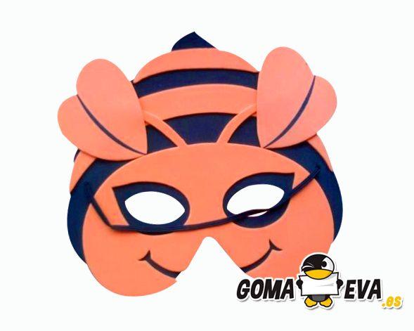 http://www.goma-eva.es/disfraz-con-goma-eva-para-ninos/