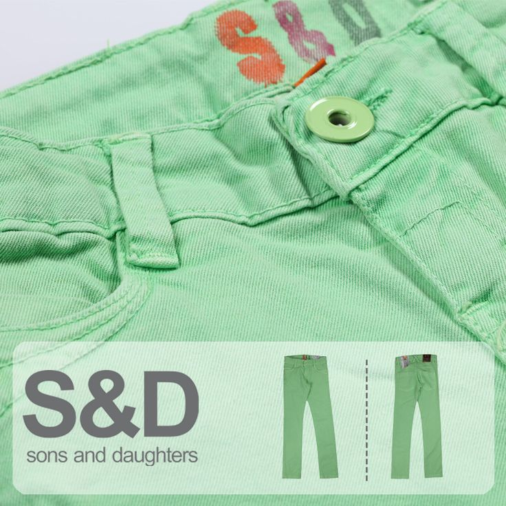 Sezonun trend yeşili bu pantolonu genç kızlar çok sevecek!