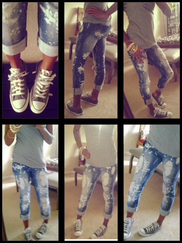Chuck Taylor's all stars & dstressed jeans