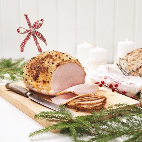 Vill du laga ett julbord med hemlagad känsla när det är ont om tid? Här kommer 5 tips på genvägar till ett enklare julbord.