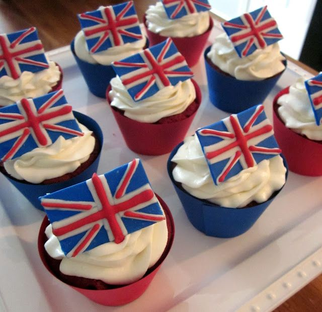 British Royal Wedding Cakes: British Flag Cupcakes