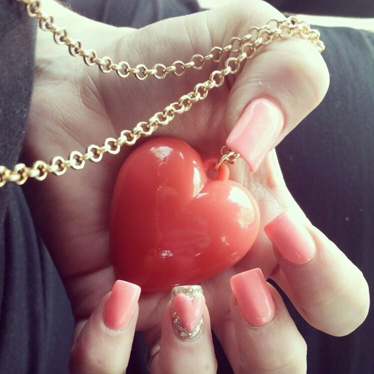 Pink October Nails! LOVE! #octobernails #heart #gold