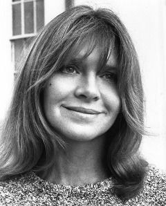 "Melinda Dillon, Academy Award nominee in 1977 and 1981. You know her as the mom from CLOSE ENCOUNTERS OF THE THIRD KIND as well as the mom from A CHRISTMAS STORY! But Melinda got her start at The Second City in Chicago in ""Six of One"" in 1961."