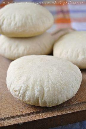 Tentar non nuoce: Il pane arabo, finalmente (ed esattamente come lo volevo io)