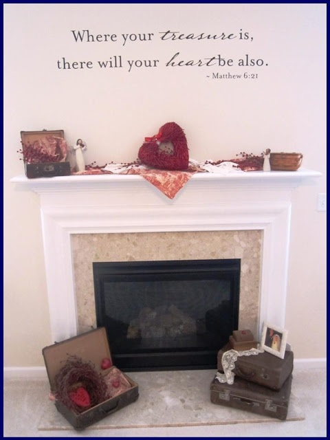 amazing Valentine's mantle - check out the details!