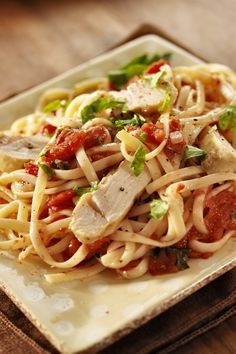 Weight Watchers Chicken Cacciatore Recipe with Onion, Green Pepper, Yellow Pepper, Garlic, Beef Broth, Tomatoes, Parsley, and Linguine Pasta - 11 Smart Points