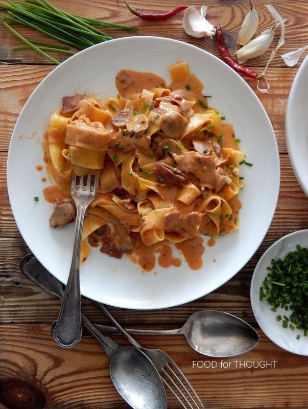 Food for thought: Παπαρδέλες με κρέμα, μανιτάρια και μπέικον