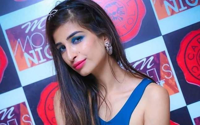 Ex-Contestant Priyanka Jagga feels celebrities are fake - http://thehawk.in/news/ex-contestant-priyanka-jagga-feels-celebrities-are-fake/