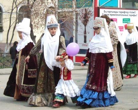 Казахские костюмы бабушек