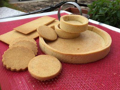 Sable' alle mandorle http://idolcidipinella.blogspot.it/2015/09/sweety-of-milano-naturalmente-frolla.html