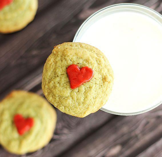Pistachio Pudding Cookies (Grinch Cookies!) #christmascookies #cookies #foodporn http://livedan330.com/2014/12/11/pistachio-pudding-cookies-grinch-cookies/