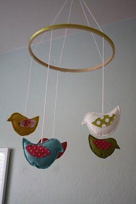 http://www.craftinessisnotoptional.com/2010/03/birdie-mobile-tutorial.html