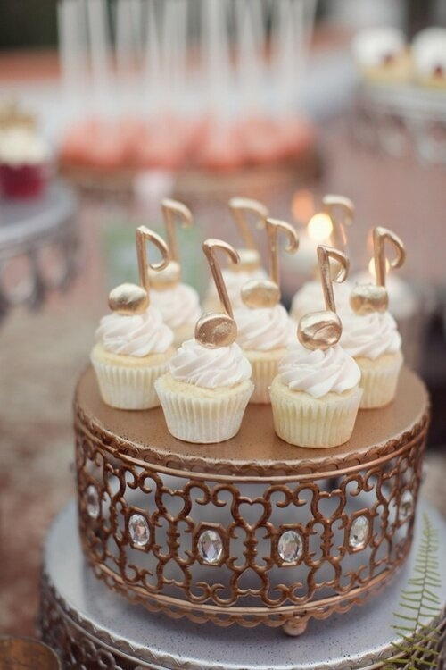 gold music note cupcakes. SO PRETTY https://facebook.com/apps/application.php?id=106186096099420
