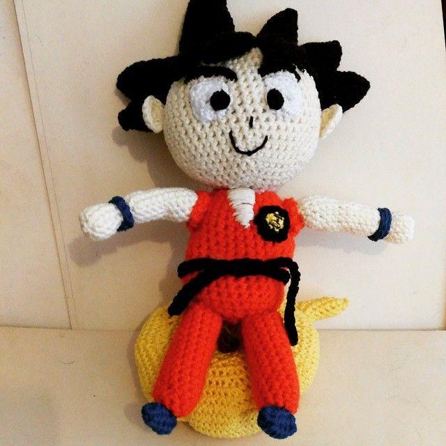 Goku listo para irse en su nube voladora :) #ninjatejedor #amigurumis #amigurumi #crochet #handmade #hechoamano #diy #ganchillo #crochetaddict #instacrochet #amigurumicrochet #goku #dragonball
