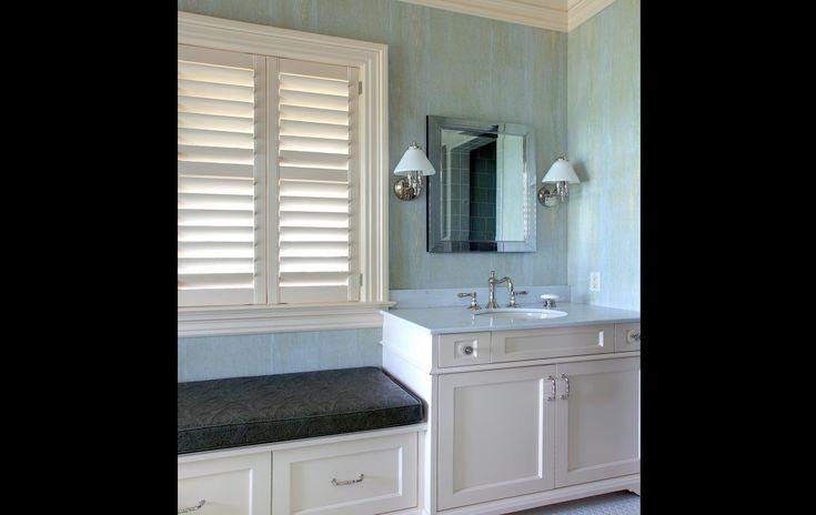 Hemingway Construction | Gallery of Bathrooms | Onyx Countertop | Mosaic and Glass Bathroom