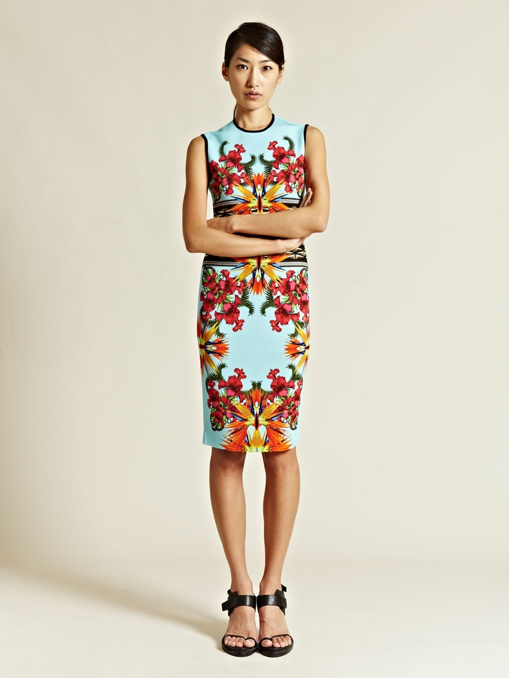 Givenchy Women's Printed Short Sleeved Dress: Prints Dresses, Women Prints, Printed Dresses, Givenchy Women, Printed Shorts, Shorts Sleeve, Prints Shorts, Givenchy Prints, Sleeve Dresses