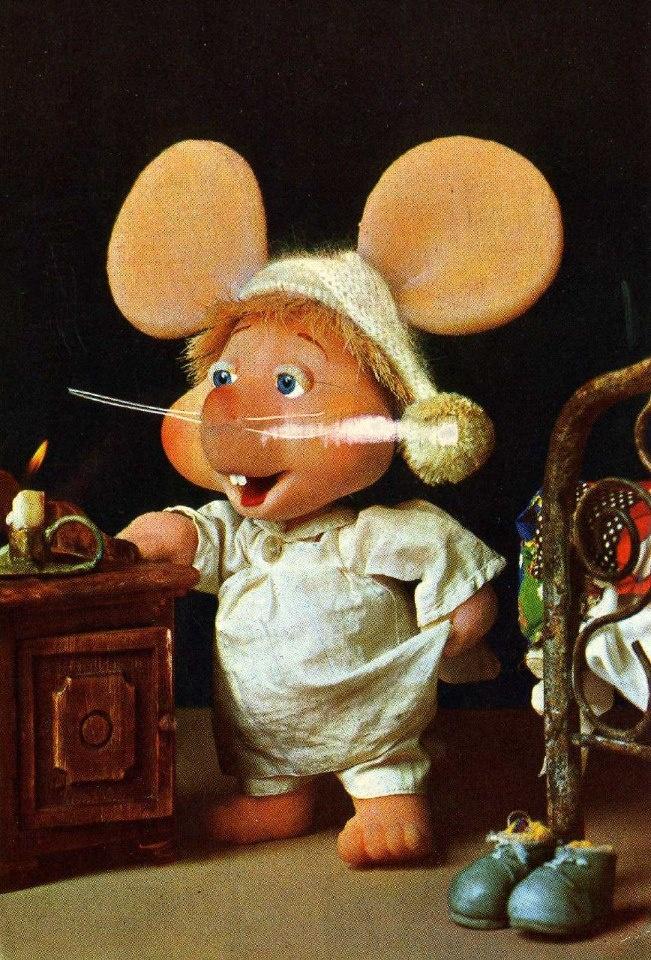 Topo Gigio, my very favorite part of The Ed Sullivan Show (TV Series 1948–1971)