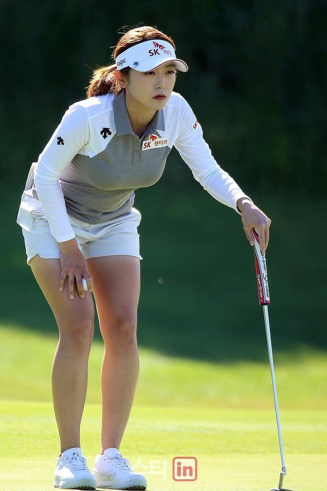 62226e85384 Pin by MidNite on Golfing | レディースゴルフ, ゴルファー, 女子ゴルファー