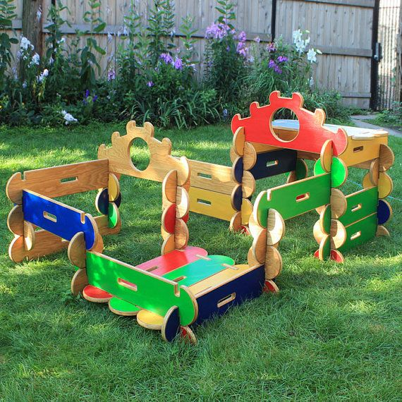 Bilderhoos Play Set: Big 60-Piece wooden architectural play set that kids build with no tools! Endlessly reconfigurable and made to last.