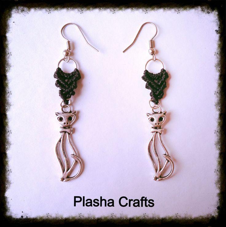 "Macrame Earrings - Aretes ""Gato"" ""Cat"" de Plasha Crafts"