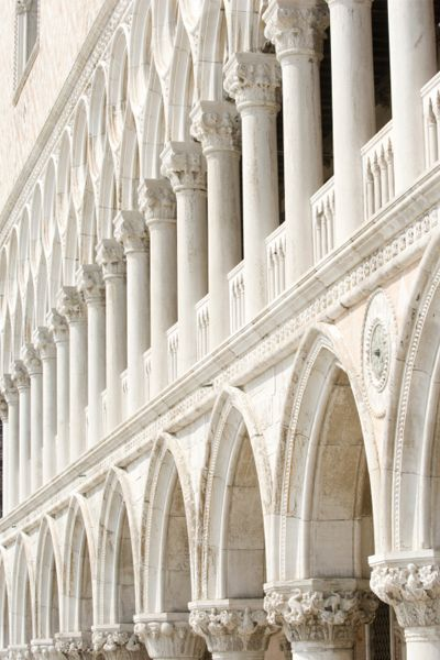 Rising majestically above the Piazzetta San Marco, the Gothic fantasia of pink-and-white marble, Palazzo Ducale, is a majestic expression of Venetian prosperity and power.