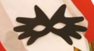 Maske lavet af to hænder.