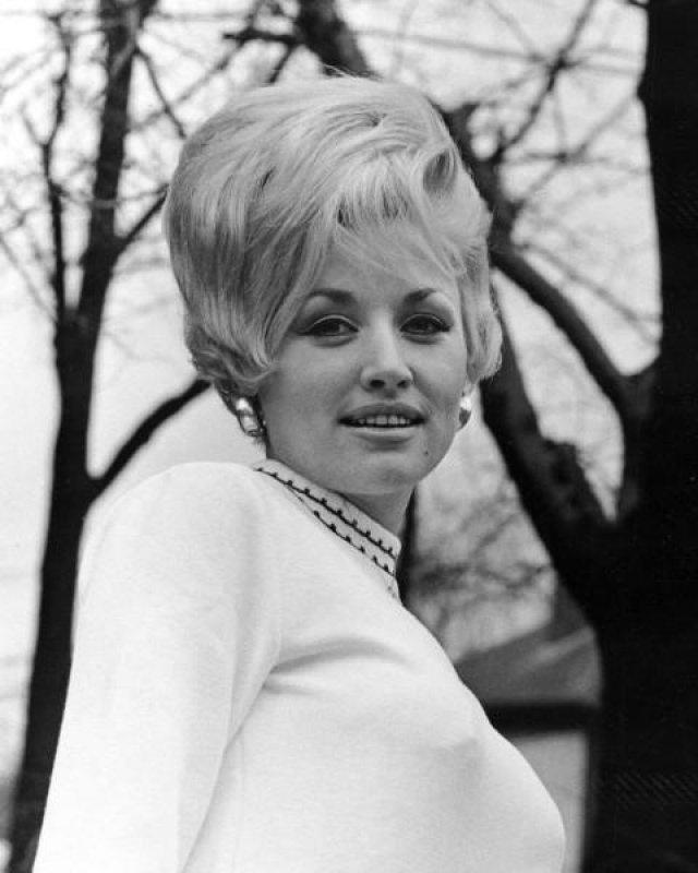 Thursday Throwback: Dolly Parton | Trendland: Fashion Blog & Trend Magazine