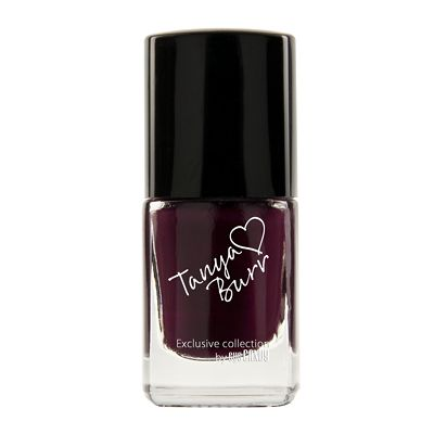 Tanya Burr Lips and Nails: New York Night. I want to buy this for when I go to America simply because of the name!
