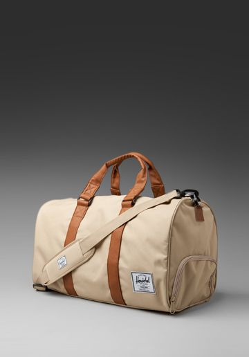 Herschel duffle with shoe compartment