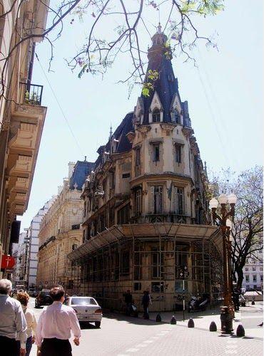 Buenos Aires - Reina del Plata: Retiro - Plaza San Martín I