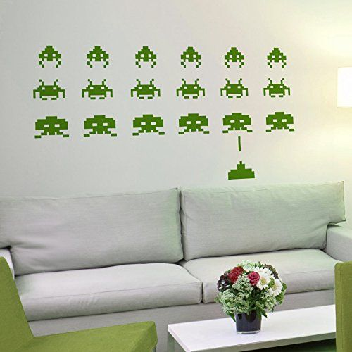vinilo decorativo de Space Invaders -Marcianitos. Color verde. Medidas: 100x65cm - http://vivahogar.net/oferta/vinilo-decorativo-de-space-invaders-marcianitos-color-verde-medidas-100x65cm/ -