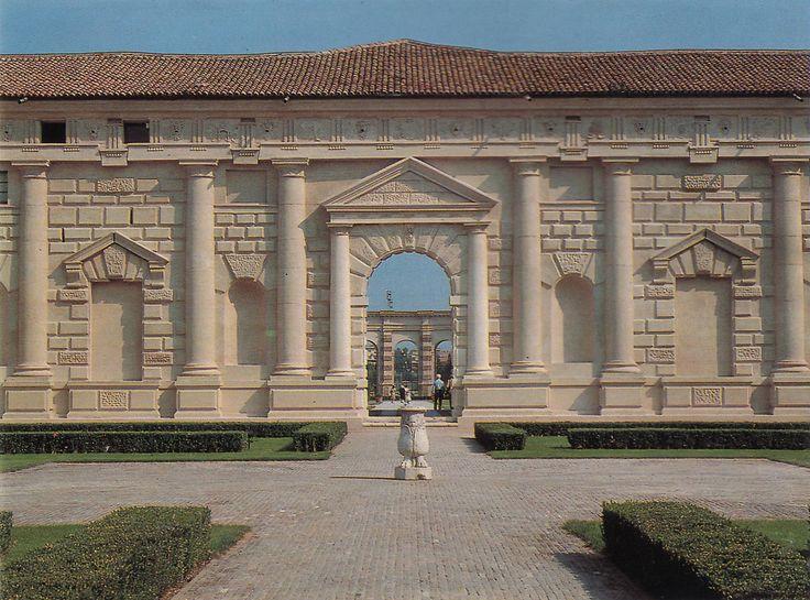 Mantova_Palazzo Te_Architecture