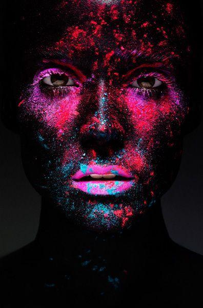 Color splash. Via http://feelingandloving.tumblr.com/