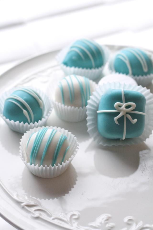 Tiffany Themed wedding - CoCo Cake Dots