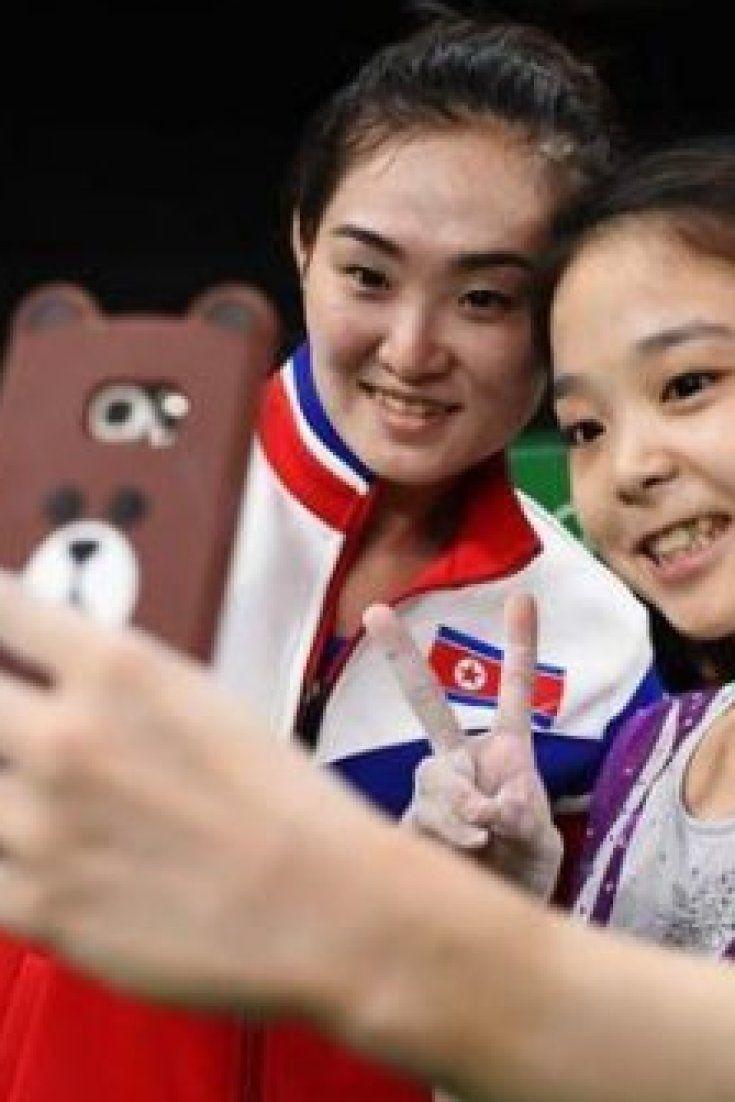 Mit diesem Selfie schreiben diese zwei Mädchen Geschichte
